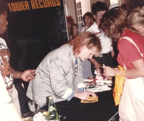 HowardJones-1985-crop
